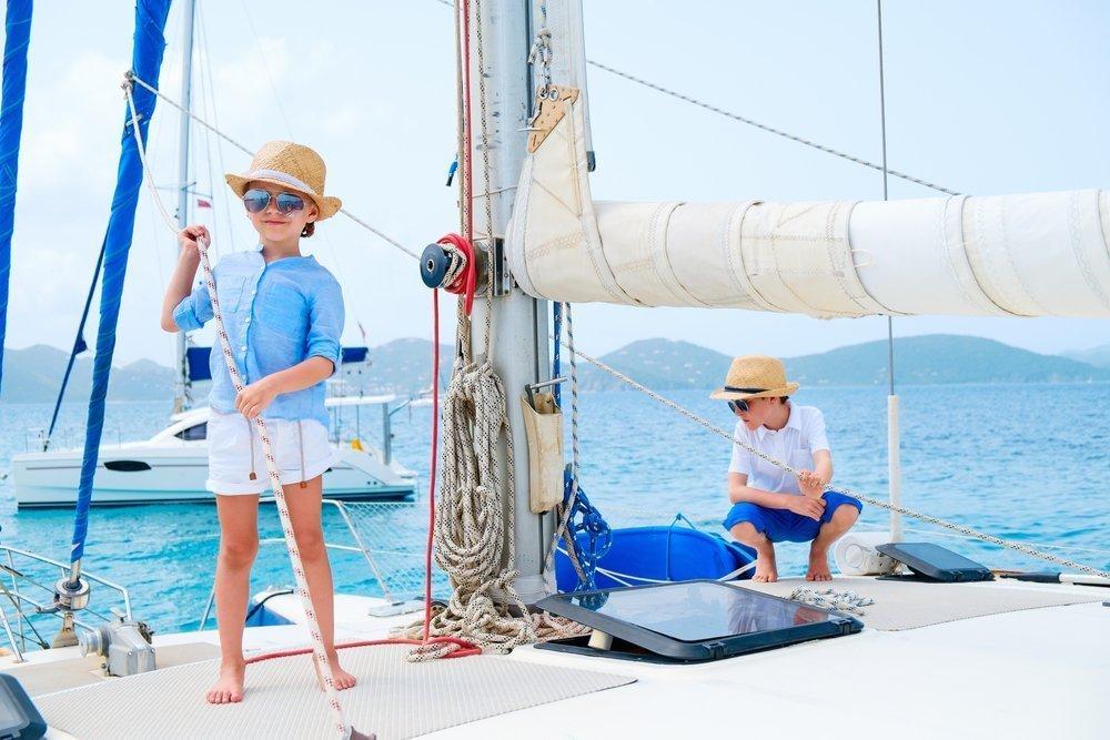 Bambini in barca a vela. 5 consigli per una crociera perfetta