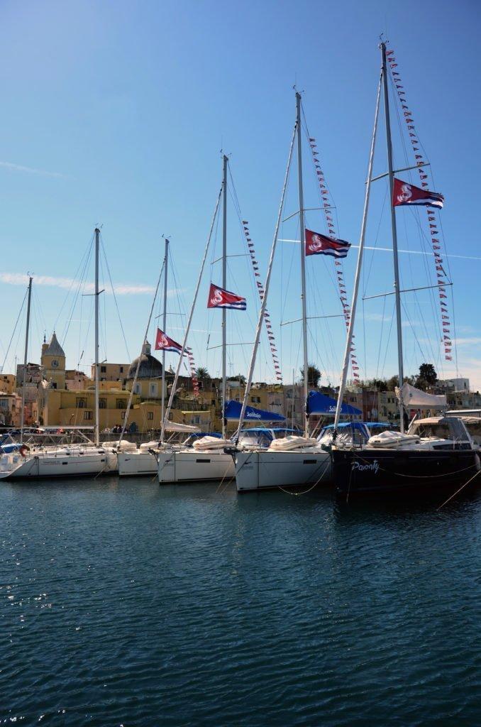 Barche a vela usate in Campania